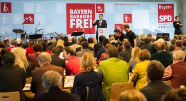Guter Besuch: auf dem Kleinen Parteitag am 18.4.2015 in Unterschleißheim