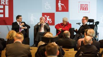 Interessante Diskussion: mit Florian Pronold, Moderator Dietmar Gaiser, VdK-Präsidentin Ulrike Mascher und dem Nürnberger SPD-Stadtrat Fabian Meißner