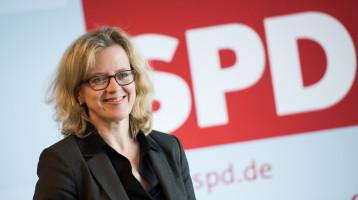 Natascha Kohnen auf Parteitag in Unterschleißheim