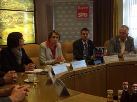 Margit Kirzinger, Annette Karl, Petr Myslivec und Reinhold Strobl