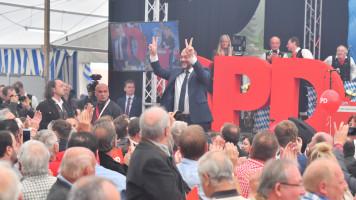 Kanzlerkandidat Martin Schulz im Jungbräuzelt