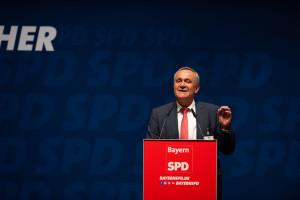 Heimspiel: Weidens Oberbürgermeister Kurt Seggewiß