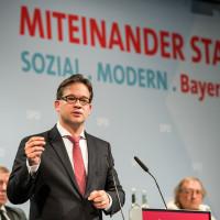 Der Landesvorsitzende Florian Pronold während einer Rede