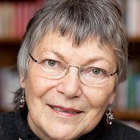 Portraitfoto von Dr. Anke Martiny