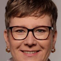 Porträtfoto von Katja Weitzel