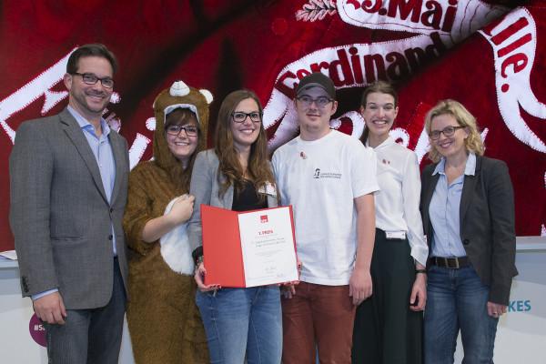 Mitglieder des Jungen Bündnis für Geflüchtete, Gewinner des Wilhelm-Dröscher-Preises 2015
