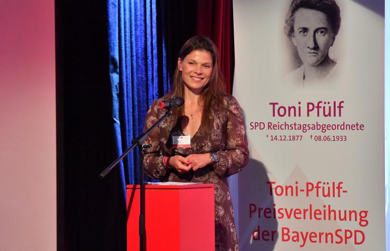 Pinkstinks Germany Geschäftsführerin und Pfülf-Preisträgerin, Dr. Stevie Schmiedel